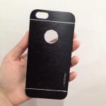 เคสไอโฟน 6 motomo โชว์โลโก้ สีดำ