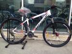 จักรยานเสือภูเขา FORMAT ล้อ 27.5 นิ้ว เกียร์ DEORE 30 สปีด สีขาวแดง