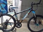 จักรยานเสือภูเขา Trinx รุ่น M306 สีดำฟ้าส้ม