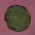 16480 เหรียญสำริด ไม่ทราบข้อมูล เก่า มีจารบางๆ ขนาดเส้นผ่าศูนย์กลาง 2 เซนติเมตร
